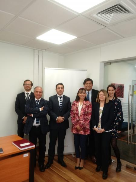 Procurador Fiscal de San Miguel junto a equipo de Seremi de Bienes Nacionales